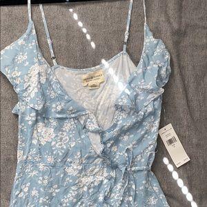 Ralph Lauren floral summer dress. Medium. New.